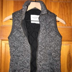 Abercrombie and Fitch Quilted Puffer Vest
